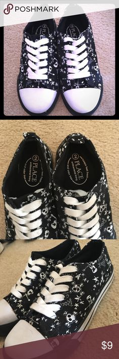 Boys Scull & Bone Tennis Shoes Boys Children's Place Tennis Shoes with Sculls and Bones. Size 2 Children's Place Shoes Sneakers