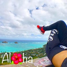 【aloha.mihoko】さんのInstagramをピンしています。 《. Alha . . Pill box  腰が痛かったはずが。。登ったら治った(笑)変なの(笑) . . #hawaii #oahu #ハワイ #南国 #ビーチ #水着 #genic_mag #genic_hawaii #女子旅 #beach #fashion #stylish #instagood #ilovehawaii #ocean #海 #写真 #hawaiistagram#タビジョ#お気に入りの写真 #fashionlover #ビーチ #bikini #ocean#tabijomap_hawaii #aloha_life》