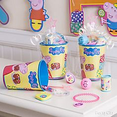 Shop for Peppa Pig Party Supplies, birthday decorations, party favours, invitations and more. Kylie Birthday, 4th Birthday Parties, 3rd Birthday, Birthday Ideas, Peppa Pig Party Supplies, Peppa Pig Birthday Cake, Clue Party, Outdoor Birthday, Cupcakes