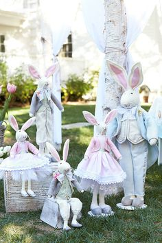 We can't get enough of the mischievous Peter Rabbit. Welcome him into your house with our Easter and spring decorations.