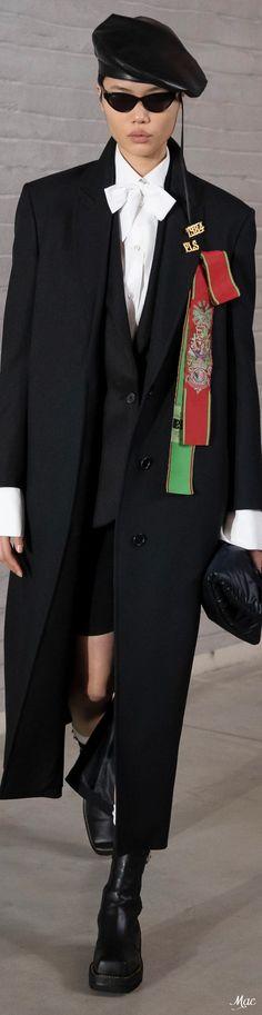 Fall 2021 RTW Philosophy di Lorenzo Serafini Italian Fashion, Fashion Labels, Dear Friend, Fall Winter, Menswear, Couture, How To Wear, Philosophy, Fashion Ideas