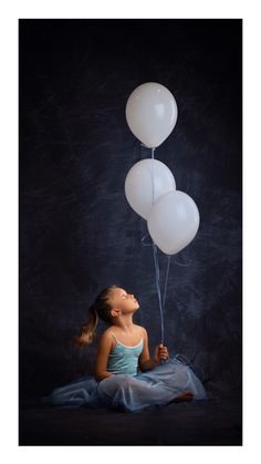 Ariadna Tinkerbell, Cinderella, Disney Characters, Fictional Characters, Disney Princess, Art, Infant Photography, Globes, Creativity