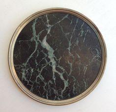 marmoritasoinen pannunalunen / alusta . halkaisija 20cm . @kooPernu