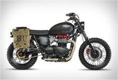 The spectacular Venom mortorbike is based on the Triumph Bonneville T100 ridden by character Snake in Metal Gear Solid V, and was created in-house by the Triumph Motorcycles team.