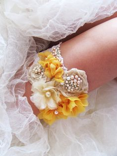 Who says you have to have a simple white lace wedding bridal garter? Bride Garter, Wedding Garter Set, Lace Garter, Chic Wedding, Fall Wedding, Dream Wedding, Wedding Ideas, Wedding Things, Wedding Bells