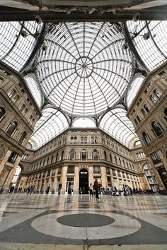 beautiful architecture napoli italy | Historic Centre of Naples. . Italy. The most beautiful places.