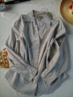 Worthington. T. 14. Camisera strech. #PerfectFit. Color #LilacGray. $600. COBL0002