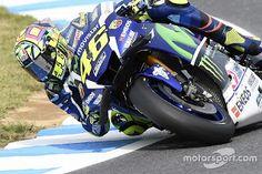 Blog Esportivo do Suíço:  Rossi bate Márquez no fim e larga na pole em Motegi