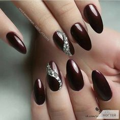 50 Gorgeous Burgundy Nail Color With Designs For Fall Season – Page 48 of 50 – C… - Nageldesign Red Stiletto Nails, Red Acrylic Nails, Red Nail Polish, Red Nails, Glitter Nails, Fancy Nails, Pretty Nails, Wine Nails, Uñas Fashion