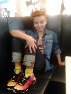 Алина приобрела новые кроссовки reebok!