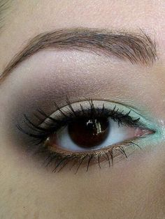 Brown, Gold, Turquoise http://www.makeupbee.com/look_Brown-Gold-Turquoise_40672