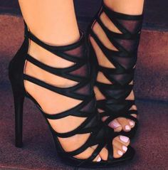 Hot Shoes, Crazy Shoes, Me Too Shoes, Shoes Heels, Dress Shoes, Sandals Outfit, Flats, High Heel Boots, Heeled Boots