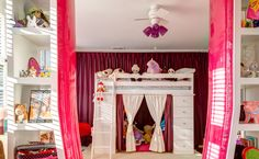 Daughter's Room with center divider Photo Credit: Bob Greenspan