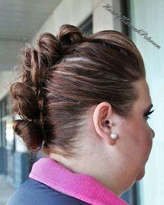 #thelegacysalon #hairbyhannahpeterson #hair #hairstyling #hairstylist #cosmetology #cosmetologist #cullmanal #cullmanhair #cullman #cullmamhairstylist #instahair #imallaboutdahair #gorgeoushair #beautifulhair #behindthechair #stylistsupportstylist #americansalon #modernsalon #hairstylisttribe #heystyleplum #bun #mohawk #bunmohawk #style #beautiful #beauty