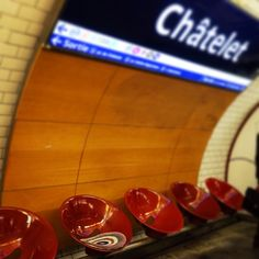 Chateler  パリ、メトロ シャトレー駅。  #zappeto_anytimeanywhere #poco #emotion #地下鉄 #paris #zappeto #metro #chatelet