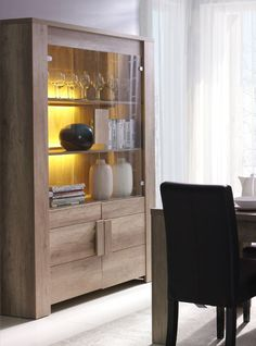Classic Dining Room Furniture, Home Office Furniture, Furniture Design, Design Moderne, Deco Design, Crockery Cabinet, Classic Cabinets, House Front Design, Living Spaces