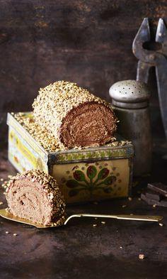 Mokkapalakääretorttu | Maku Recipes From Heaven, Sweet Desserts, Finger Foods, Food Inspiration, Food And Drink, Sweets, Snacks, Cooking, Breakfast