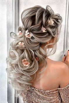 Hairstyles 2020 Trends Romantic Wedding Hair Styles For Your Perfect Look .Hairstyles 2020 Trends Romantic Wedding Hair Styles For Your Perfect Look Cute Wedding Hairstyles, Formal Hairstyles, Bride Hairstyles, Cool Hairstyles, Teenage Hairstyles, Headband Hairstyles, Romantic Wedding Hair, Short Wedding Hair, Perfect Wedding
