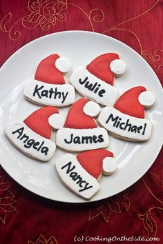 ) place cards to set your holiday table? Allow me to suggest Christmas Cookie Place Cards! I found this terrific idea -- Christmas Place Cards, Christmas Makes, Christmas Goodies, Christmas Desserts, Christmas Treats, Christmas Holidays, Christmas Table Decorations, Christmas Cooking, Holiday Cookies