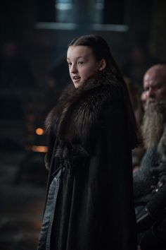 Brienne, Cersei, Lyanna Mormont and more! Check out official images from the Game of Thrones season 7 premiere. Mormont Game Of Thrones, Game Of Thrones Facts, Got Game Of Thrones, Game Of Thrones Characters, Khal Drogo, Jon Snow, Orphan Black, Valar Morghulis, America