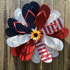 Hurry and order your Patriotic flip flop wreath while supplies last!! Memorial Day is May 30th