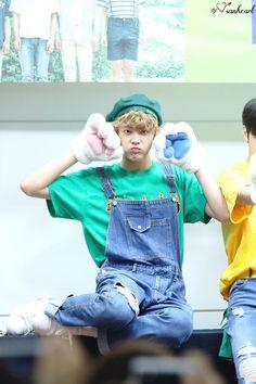 [10.09.16] Busan Fansign Event - SanHa