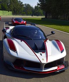 Ferrari LaFerrari FXX K ...repinned für Gewinner!  - jetzt gratis Erfolgsratgeber sichern www.ratsucher.de