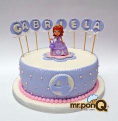 Torta princesa sofia.mr.ponQ Princess Sofia Birthday, Disney Cakes, Sugar Craft, Novelty Cakes, Mini Albums, Catering, Birthday Cake, Baking, Desserts