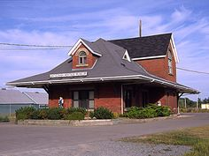 Official tourism site for Nova Scotia, Canada - explore attractions, accommodations, dining and regional info to plan an unforgettable vacation. Heritage Museum, Nova Scotia, Woodstock, Maine, Tourism, Canada, Vacation, House Styles, Building