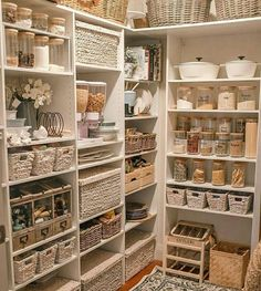 Top 20 most popular decor trends online revealed Kitchen Organization Pantry, Home Organisation, Organizing Ideas, Pantry Shelving, Shelving Ideas, Organized Pantry, Storage Ideas For Pantry, Organization Hacks, Organised Home