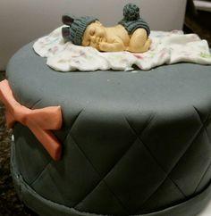 Gender neutral, baby shower cake