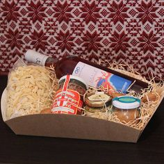Sinis, cesto regalo con prodotti tipici sardi - SardinianStore.com