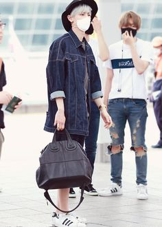 Chanyeol airport style