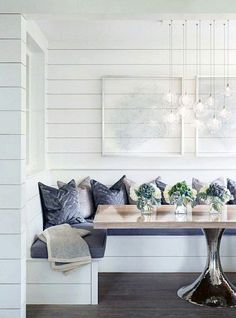 Find breakfast nook furniture ideas and buy new decor items on domino. Domino shares breakfast nook furniture ideas for your kitchen area. Breakfast Nook Furniture, Breakfast Nook Table, Kitchen Breakfast Nooks, My Ideal Home, Coastal Living Rooms, Coastal Entryway, Dining Nook, Booth Dining Table, Dining Corner