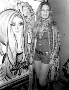Brigitte Bardot at Roux's painting exhibition in Saint Tropez on February 6th 1971.