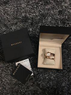 Trendy Watches, Watches For Men, Bvlgari Watches, Bvlgari Serpenti, Luxury Bags, Jewlery, Bracelet Watch, Hair Makeup, Hair Accessories
