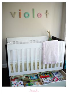 Ok, this is the idea for little girl's room!  Light and neutral with pops of color.
