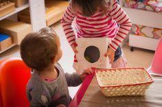 4 Juguetes DIY Montessori para tu peque - Tigriteando Color Montessori, Diy Montessori, Baby, Montessori Activities, Activities For Kids, Montessori Baby, Glue Guns, Practical Life, Montessori Materials