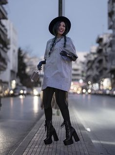 Youtubers, Stylists, Hats, Outfits, Fashion, Tall Clothing, Moda, Hat, Fashion Styles