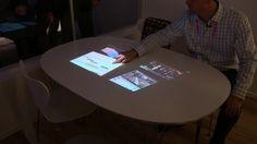 ソニーの「Life space UX」。 147インチの4K映像を壁に投写できる超短焦点プロジェクター。