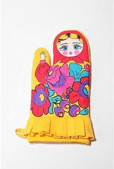 Matryoshka Oven Mitt!!! I want this!   $10.00