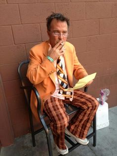 Doug Stanhope going over a set list before a show.