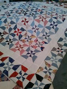 a quilt for charity...love this strip quilting pattern.