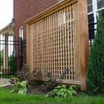 The pergola kits are the easiest and quickest way to build a garden pergola. There are lots of do it yourself pergola kits available to you so that anyone could easily put them together to construct a new structure at their backyard. Modern Pergola, Pergola Canopy, Cheap Pergola, Backyard Pergola, Pergola Shade, Pergola Plans, Backyard Landscaping, Pergola Ideas, Pergola Carport