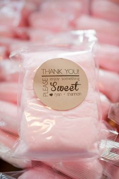 Cotton Candy Favors - Blair, I think I just found something for your wedding.