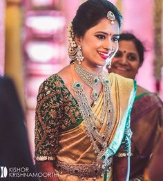 Exclusive Saree Blouse designs for every South Indian Bride! Bridal Sarees South Indian, Bridal Silk Saree, Indian Bridal Fashion, South Indian Bride, Kerala Bride, South Indian Bridal Jewellery, Silk Sarees, Wedding Saree Blouse Designs, Half Saree Designs