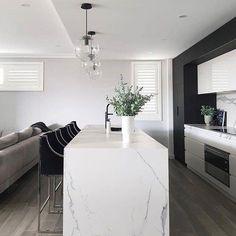 Modern home decor interior design – Southern Home Decor Modern Kitchen Interiors, Interior Design Kitchen, Modern Interior Design, Interior Architecture, Interior Decorating, Küchen Design, House Design, Home Decor, Jungles