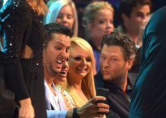 cmt selfieees!