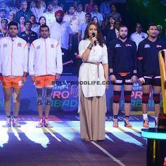 Sonakshi Sinah prior to match of Pro Kabaddi League season 4