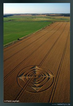 New Crop Circle Formation Appears at Stonehenge On August 1, 2013